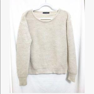 Brandy Melville • creme crewneck sweater